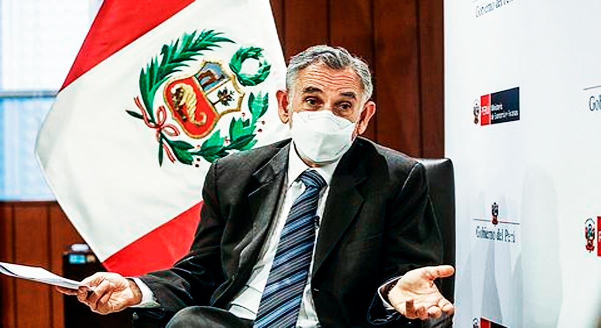 Pedro Francke dice que los que tienen más, deben aportar más impuestos